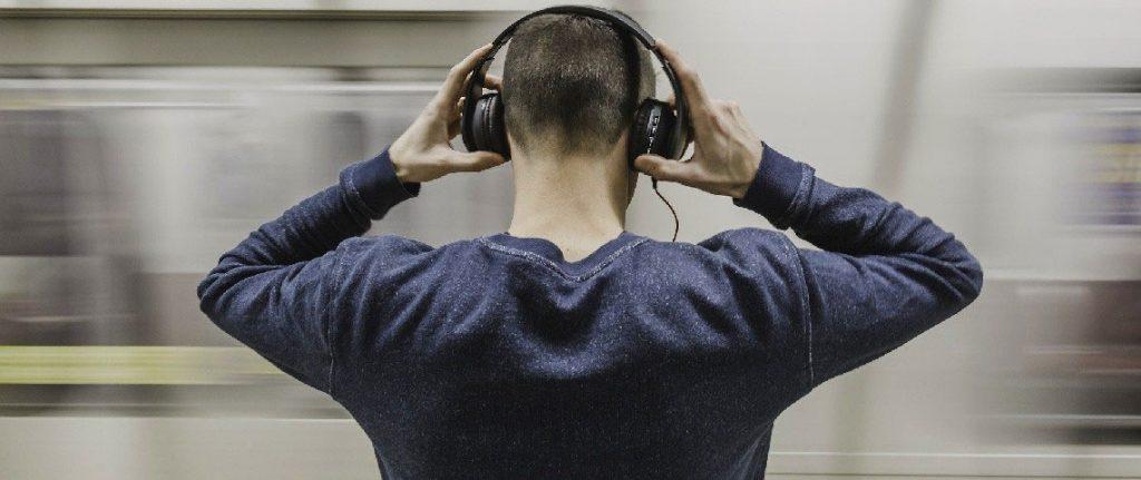 En İyi Kulak Üstü Kulaklık